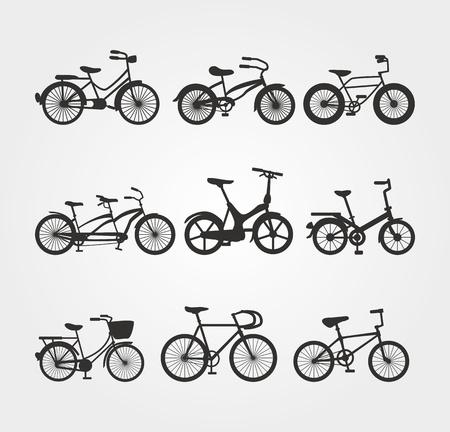ni�os en bicicleta: Juego de siluetas de bicicletas Vectores