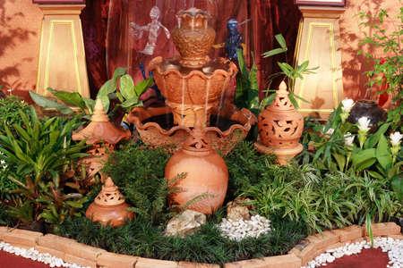 Earthenware garden