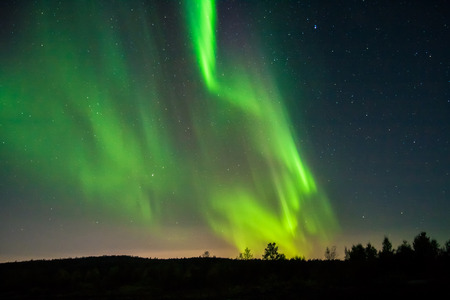 magnetosphere: Northern lights in autunno