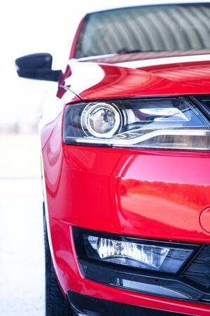 Autowäsche, Auto nach dem Waschen mit Schaum reinigen Standard-Bild