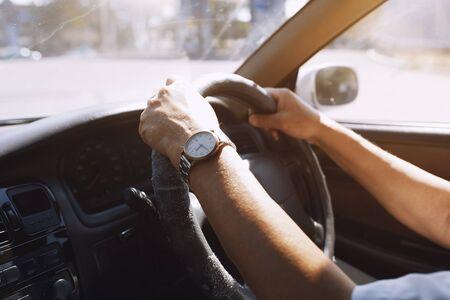 Senior 65-70 years man driving car Standard-Bild