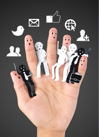 apoyo familiar: sonreír dedos para el símbolo de la red social