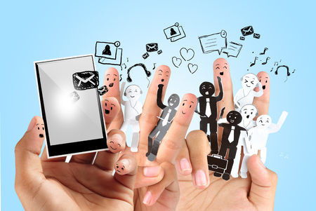 e systems: Hand playing modern mobile phone application