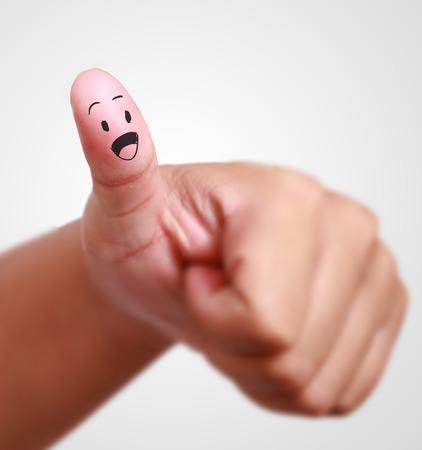symboll: thumb up symboll of success