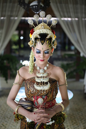 traditional royal wedding dress from java