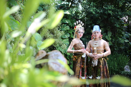 traditional royal wedding dress from java indonesia