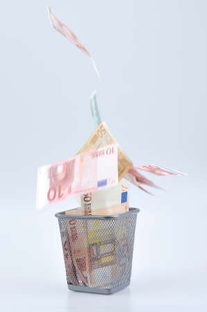 reclamation: Decoration with euro paper banknotes  in Refuse bin