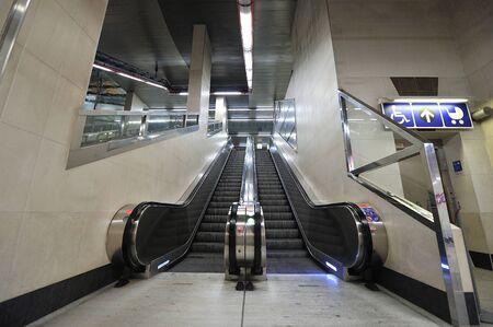 bridged: escalator Stock Photo
