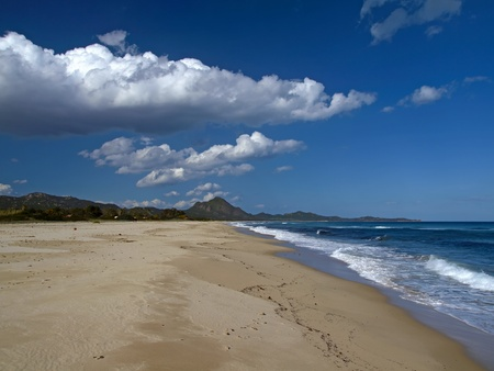 Коста Рей является одним из самых красивых пляжей на юго-востоке Сардинии, Италия, Европа