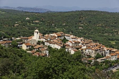 Горная деревня Раматюэль соседнем Сен-Тропе, Французская Ривьера, Прованс, на юге Франции, в Европе