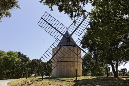 17th century: Grimaud, 17th century Saint Roch s windmill  Moulin de la Gardiolle, Moulin St Roch , French Riviera, Southern France, Europe