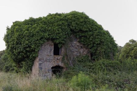 plage: Old ruin house in Moriani Plage, San Nicolao, Corsica, France Stock Photo