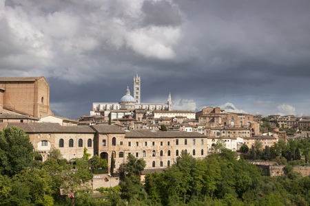 cattedrale: Siena Cathedral Cattedrale di Santa Maria Assunta with old town Tuscany Italy Europe