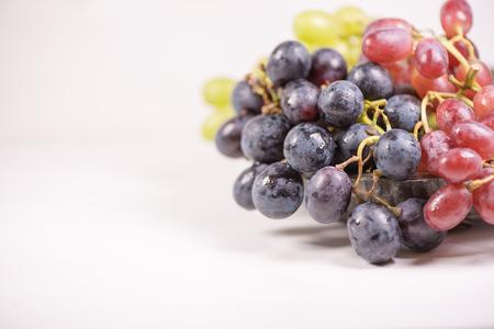 Frische Frucht Standard-Bild - 98561607