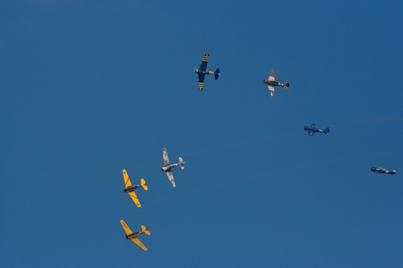 Demonstration of battle with old aircraft during the show of La Fert� Alais