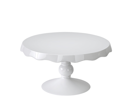 Porcelain cake stand isolated on white background. 3D rendering Zdjęcie Seryjne - 66672388