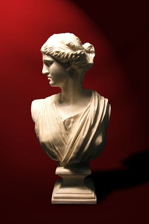 gravesite: A photo of a statue of a roman goddess
