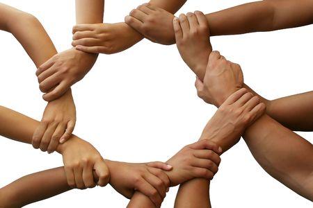 manos unidas: Anillo de la mano dando un tema de trabajo en equipo  Foto de archivo