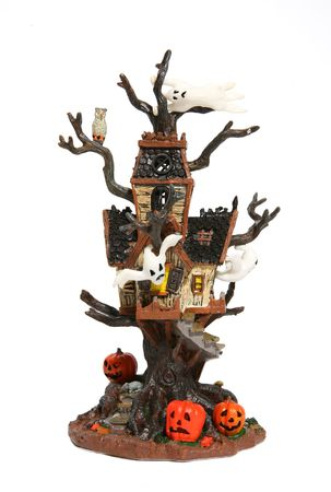 Haunted tree hous for Halloween