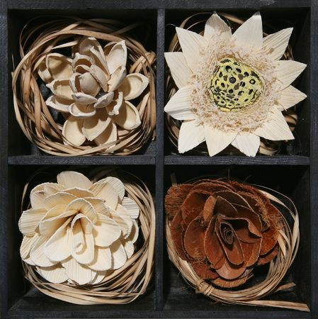 Flowers made out of wood Stock Photo - 500847