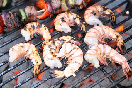 prep: Shrimp prawns on the grill with kabobs