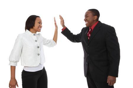 supervisores: Atractivo African American hombre y la mujer de negocios equipo celebrando el �xito