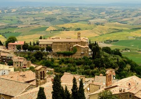 montalcino: Small town Montalcino in Tuscany, Italy