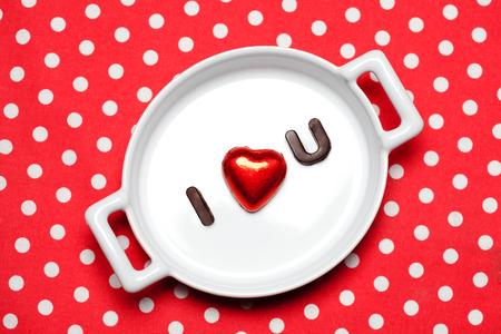 i love u: Valentine concept de jours: Je adore signer u dans Choc lettres olate Banque d'images