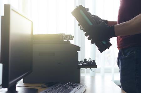 Laser cartridge toner refill or repair concept. Office equipment maintenance concept. 免版税图像 - 114941187