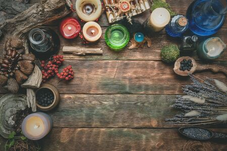 Magic potion on the wizard flat lay table background with copy space. Witchcraft, witch doctor concept. Foto de archivo