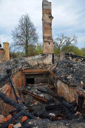 tragedies: Chimney and the stones of the house preserved