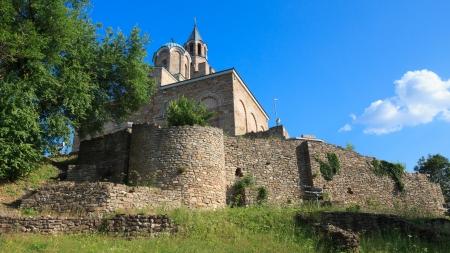 veliko: The church at the top of Tsarevets hil in Veliko Turnovo, Bulgaria.