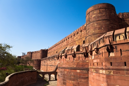 uttar: The walls of the famous Agra Fort in Uttar Pradesh, India