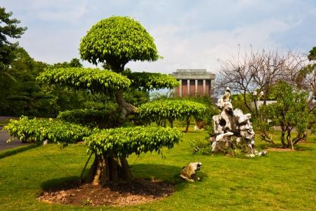 mausoleum: Park grounds at the Ho Chi Minh mausoleum in Hanoi, Vietnam.