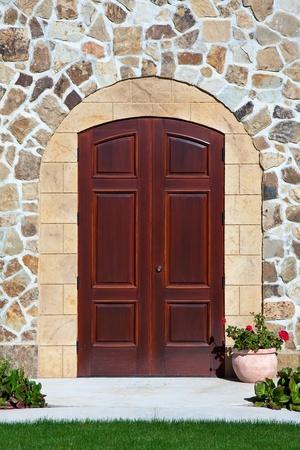 entranceway: Elegant mansion doorway in Napa Valley, California. Stock Photo