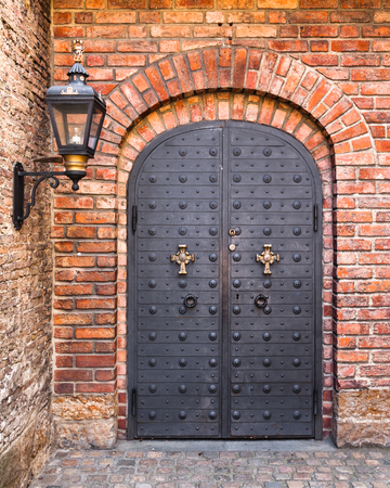 castello medievale: Decorated metal door at Akershus fort in Oslo, Norway. Editoriali