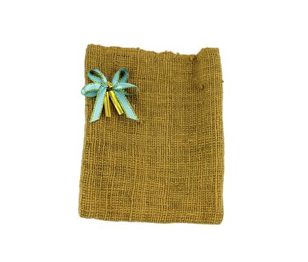 tela algodon: La bolsa de tela de algod�n con la cinta aislada en blanco Foto de archivo