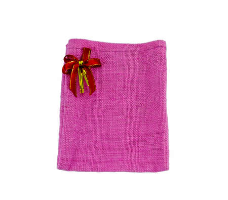 tela algodon: La bolsa de tela de algod�n con la cinta aislada en el fondo blanco Foto de archivo