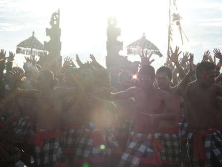 Kecak Танцы в Улувату, Бали