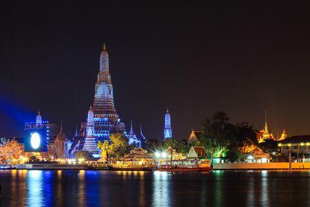night scene of Wat Arun Ratchawararam Ratchawaramahawihan(Temple of Dawn) in Bangkok, Thailand