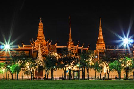 the grand palace: nightscape of Grand Palace (Wat Phra Kaew), Bangkok, Thailand