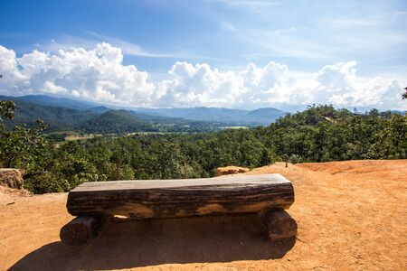 Hermosos acantilados, profundos valles y bosques de pinos en Kong Lan (Pai Canyon) en Pai, provincia de Mae Hong Son, norte de Tailandia Foto de archivo
