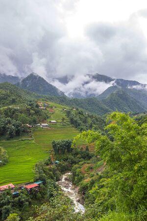 Beautiful scenery of Cat Cat village,a highland cultural village in Sapa,Lao Cai Province,north-west Vietnam. Foto de archivo - 130724525