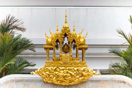 Phasi Charoen district,Bangkok,Thailand on May29,2020:The emblem of Maharatchamongkhon stupa in Wat Paknam Phasi Charoen. 에디토리얼