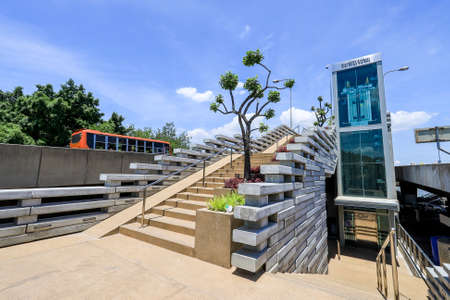 Bangkok,Thailand on July 10,2020:Chao Phraya Sky Park,the new landmark and first public park over the Chao Phraya River,connects King Prajadhipok Park on Phra Nakhon side with the Chaloem Phrakiat Forest Park on Thon Buri side. 에디토리얼