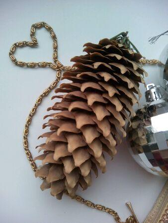pine cone: Pine cone christmas decorations