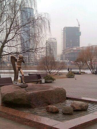 weeping angel: Sculpture weeping angel in Minsk Stock Photo