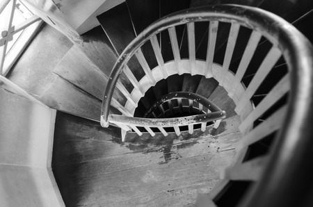 twist: Stair with the spiral twist shape.