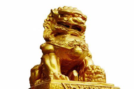 Statue golden lion