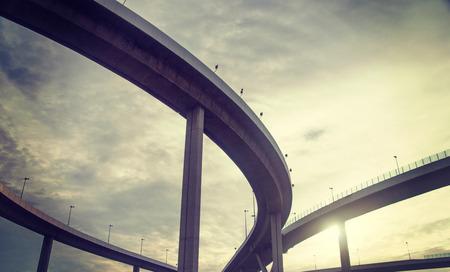 carretera: imagen Efecto retro paso superior urbano Foto de archivo